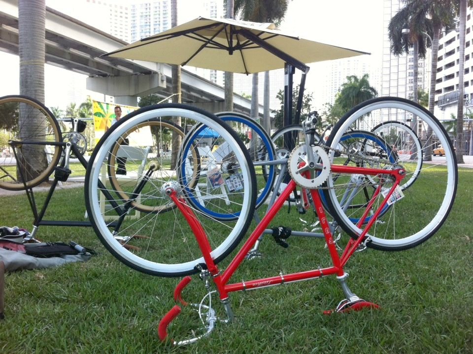 Bcycles-in-Bayfront-parkway